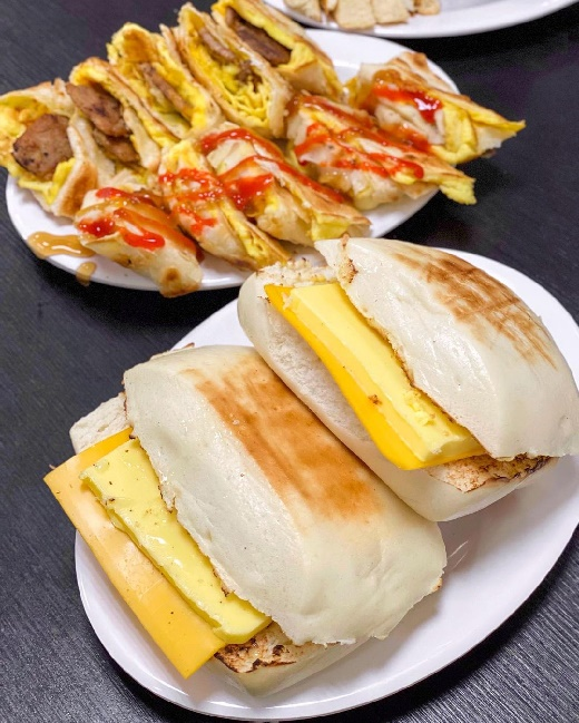 【台南美食】碳饅堡 宵夜炭烤饅頭 冰火起司煉乳碳饅堡 中西區美食