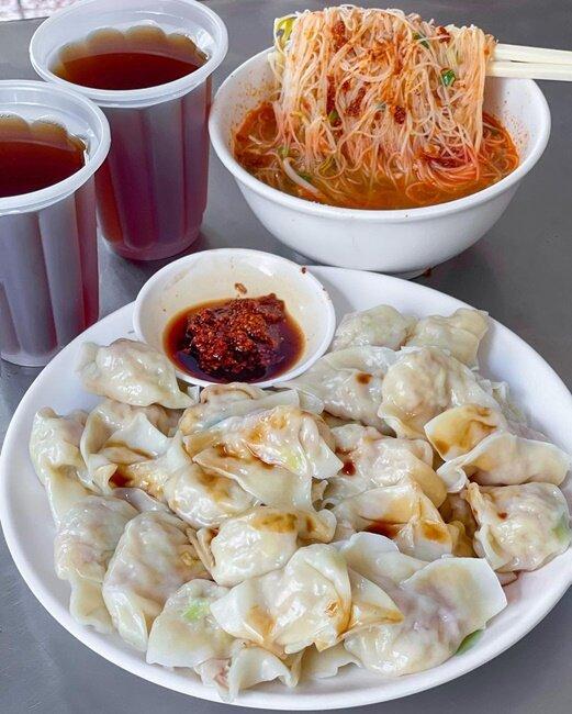 【台南美食】穎川水餃店 銅板美食 平價美食 南台影城附近