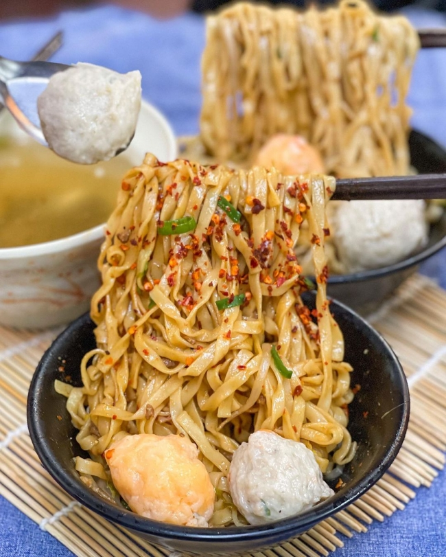 【台中美食】三代福州意麵老店  台中小吃  台中第二市場