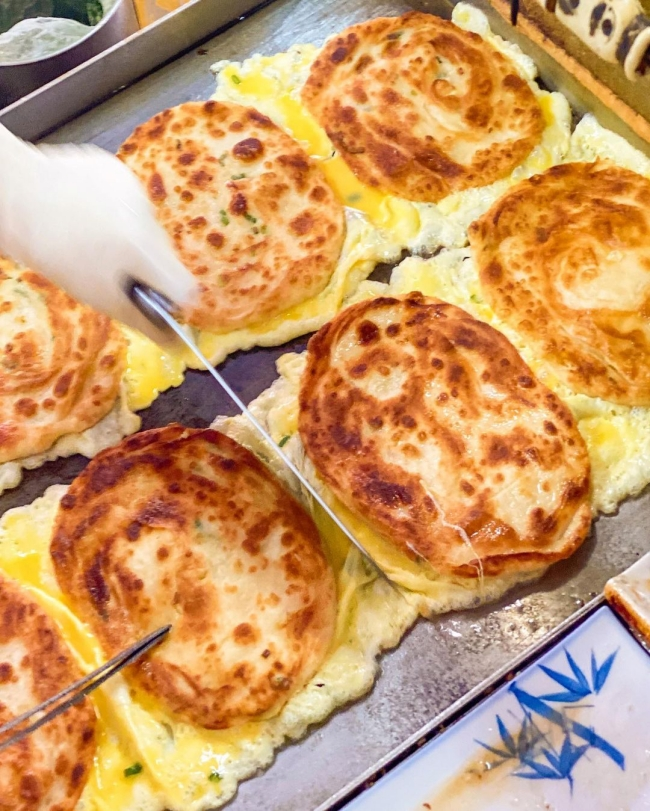 【台北美食】旭達豆漿  銅板價  酥脆蛋餅